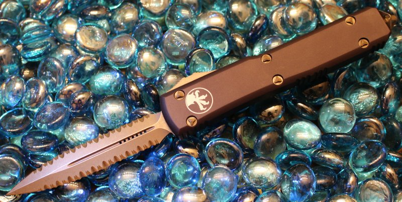 SOLD Microtech Ultratech, Bronzed Double Full Serrated<p> 122-D15