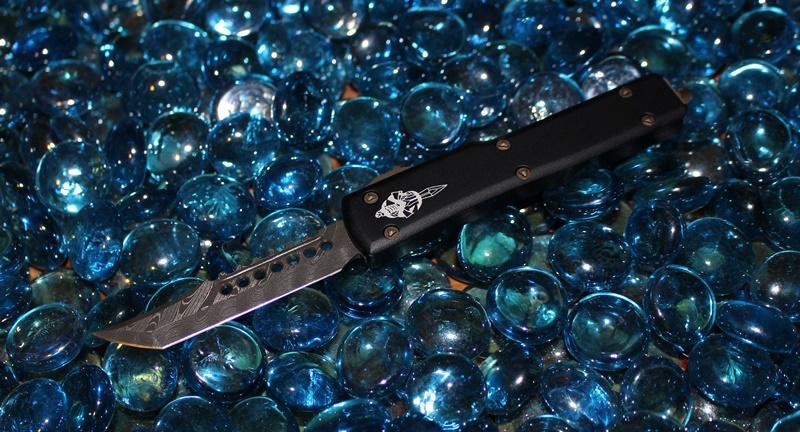 Microtech UTX-70  Hell Hound Damascus Standard 419-16