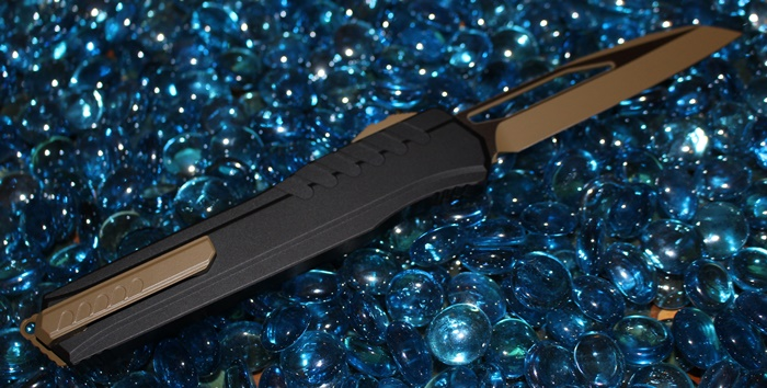 Microtech Cypher MK7 Tan Blade-Hardware Wharncliffe Standard<p>241M-1TNB
