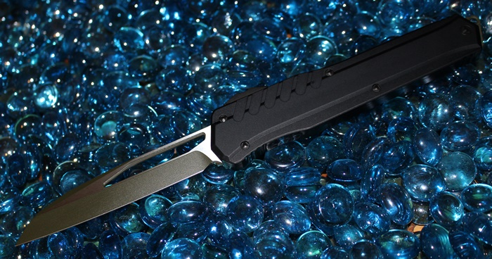 Microtech Cypher MK7 Green Blade-Hardware Wharncliffe Standard<p>241M-1GBK