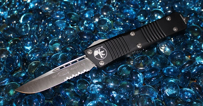 Microtech Troodon S/E Satin Serrated<p>139-5