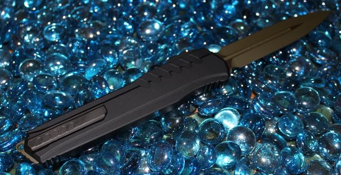 Microtech Cypher MK7 Green Blade Black Hardware D/E Standard<p>242M-1GRBK